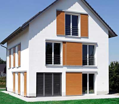 Foto di persiane moderne casa a Milano
