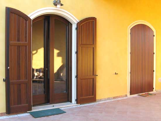 Scuri in PVC color effetto legno