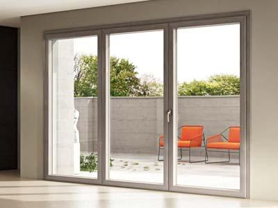 Serramenti in alluminio bianco apertura scorrevole installata a Sondrio