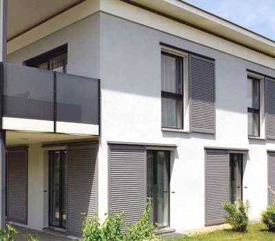 Foto di persiane moderne casa a Monza