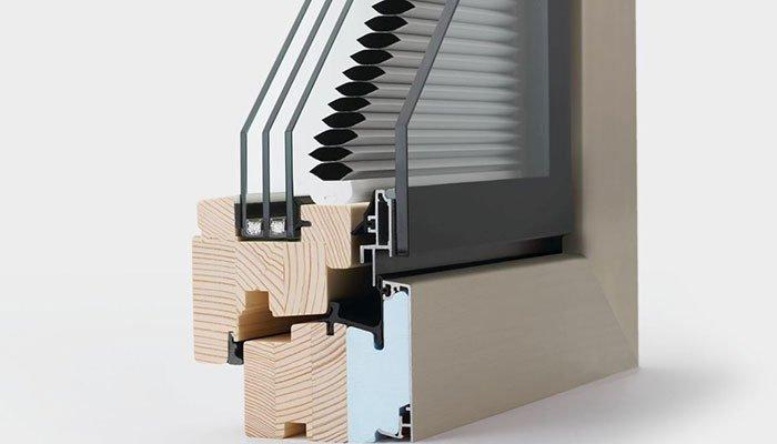 finestra in legno alluminio composizione