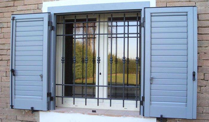 installazione persiana in alluminio con taglio termico