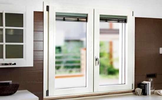 Serramento in alluminio bianco | progetto per casa a Fidenza