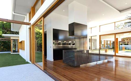 Installazione nuove porte finestre in legno
