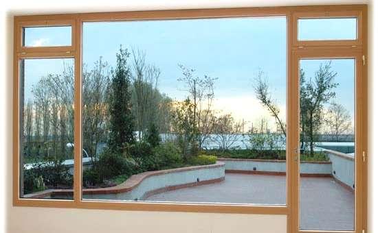Serramenti in legno triplo vetro | Composizione di design