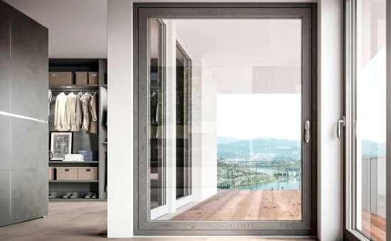 Montaggio e posa di  porte finestre e serramenti in alluminio in provincia di Piacenza