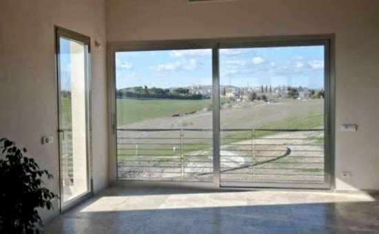 Serramenti in alluminio per  nuova costruzione a Correggio