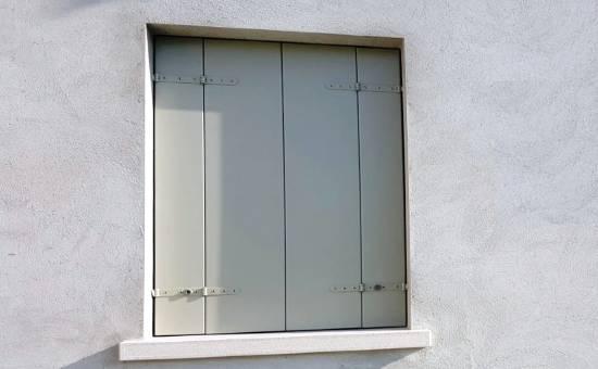 Scuri in alluminio con telaio